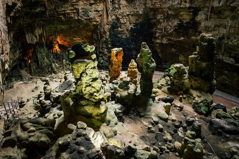 カステッラ―ナの洞窟内部