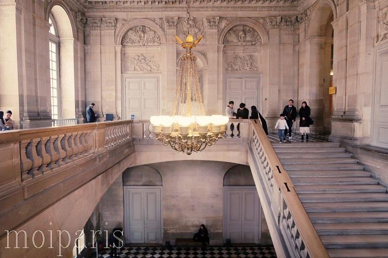 ヴェルサイユ宮殿の広さ