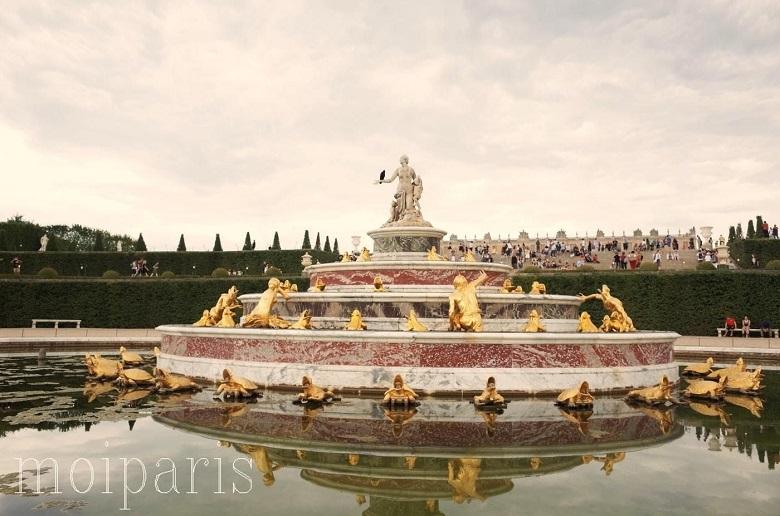 ラトナの泉水