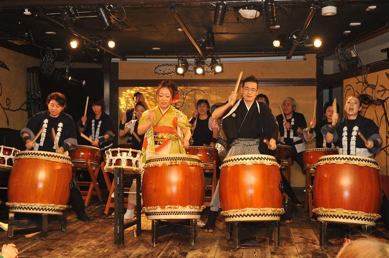 沖縄披露宴では余興が必須