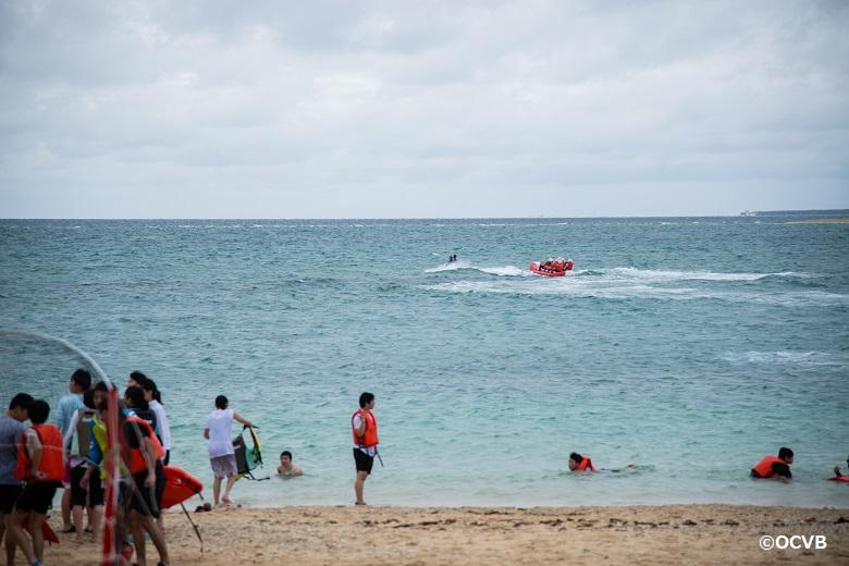 4月は沖縄海開き