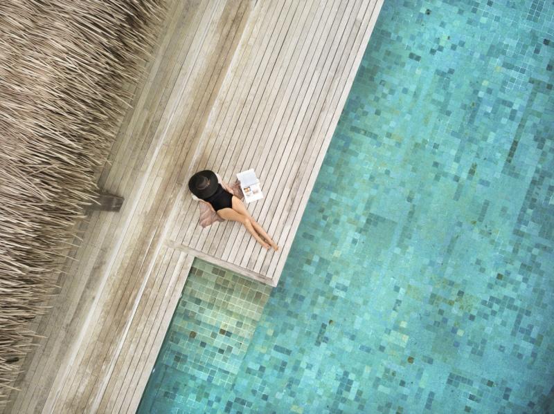 プールの水は淡水化された海水を利用