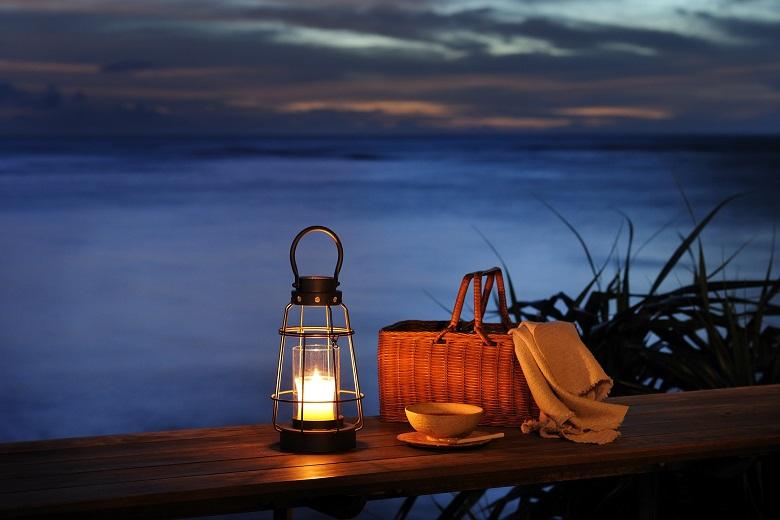 ランタンも貸し出してくれる夜のピクニック