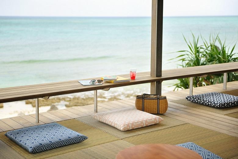 星野リゾートバンタカフェ・浜辺のテラス